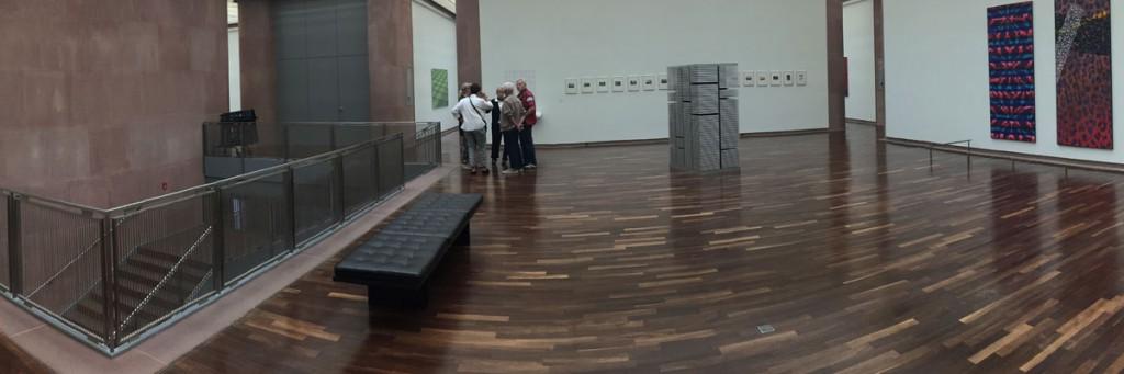 """Kunsthalle Bielefeld mit einem """"Speicher"""" von Jörg Sasse"""